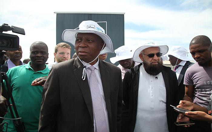 FILE: City of Joburg Mayor Herman Mashaba (front left), together with Gauteng Road and Transport MEC Ismail Vadi officially launch the R674 million Sandton public transport project. Picture: Ziyanda Yono/EWN