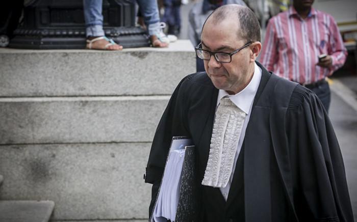 Prosecutor, Adrian Mopp, enters the Western Cape High Ccourt ahead of Shrien Dewani murder trial on 13 October 2014. Picture: Thomas Holder/EWN.