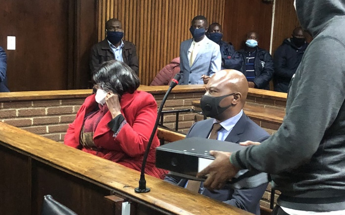FILE: The 7 suspects in the Free State asbestos removal project corruption case appear in the Bloemfontein Magistrates Court on 2 October 2020. Picture: Nthakoana Ngatane/EWN