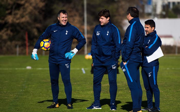 Tottenham Hotspur manager Mauricio Pochettino, second from left, during a training session. Picture: @SpursOfficial/Twitter.
