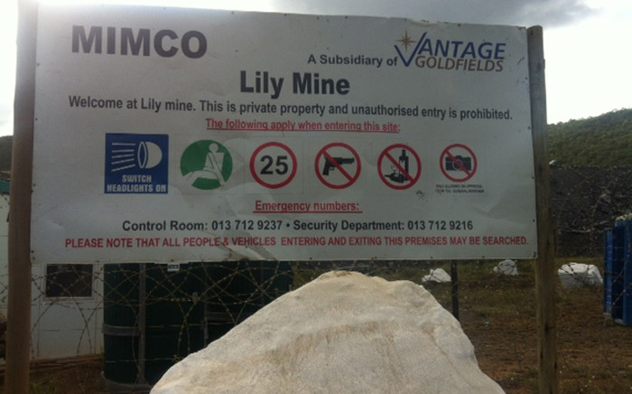 A mine shaft collapsed, trapping miners at the Lily Mine near Barberton in Mpumalanga on 5 February 2015. Picture: Kgothatso Mogale/EWN.