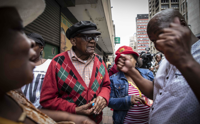 After protesting outside the offices of Gauteng Premier David Makhura, families of the Life Esidimeni victimsheaded to the ANC headquarters in Johannesburg. They are protesting over not being compensated for the deaths of the family members.  Picture: Abigail Javier/EWN