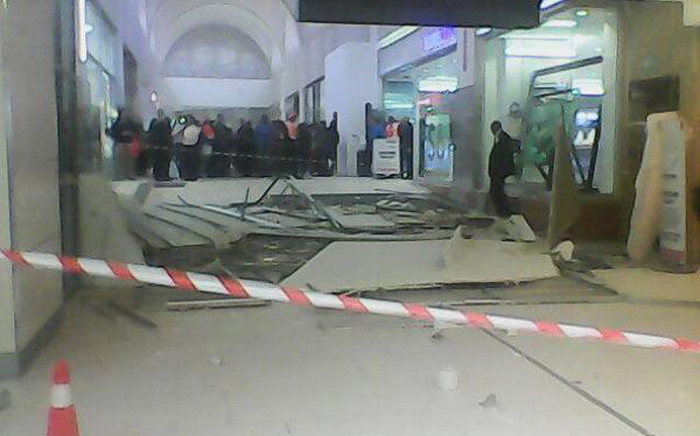 FILE: The ceiling between the banking mall and Nelson Mandela Square caved in earlier this month, injuring a woman. Picture: Kgothatso Mogale/EWN.