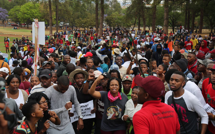 FILE: University students chanting for free, decolonised and quality education outside the Union Buildings on 20 October 2016. Picture: Christa Eybers/EWN