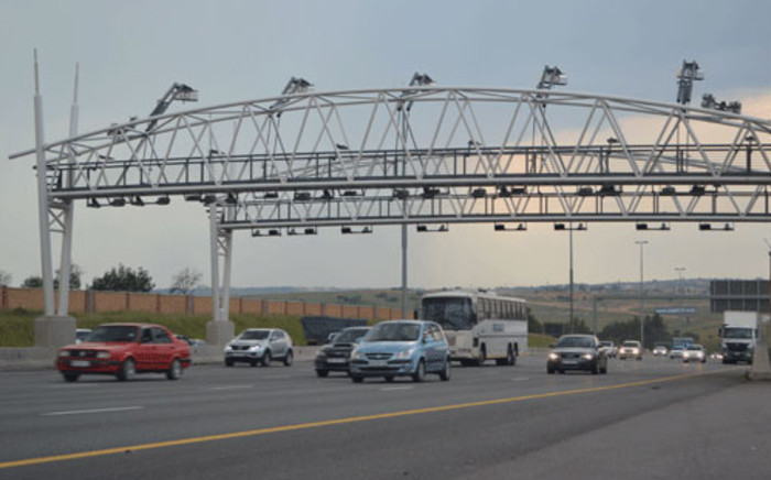 Montly users will pay over R50 on Gauteng's e-tolled roads. Picture: Lesego Ngobeni/EWN