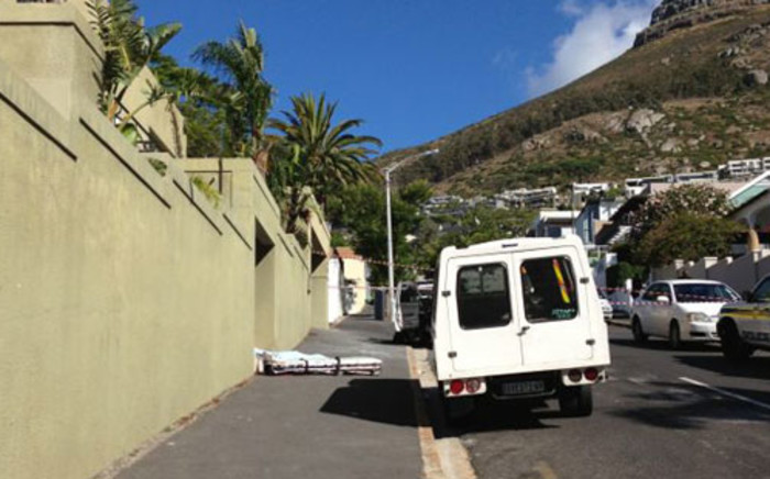 A foreign national died while paragliding from Signal Hill in Cape Town on 10 January 2013. Picture: Supplied
