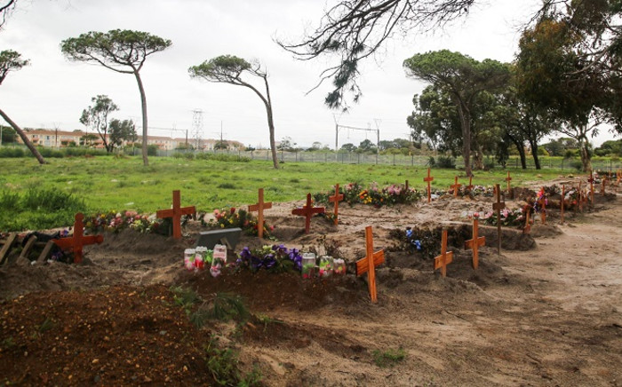 Maitland Cemetery in Cape Town where a section has been demarcated for COVID-19 deaths. Picture: Kaylynn Palm/EWN