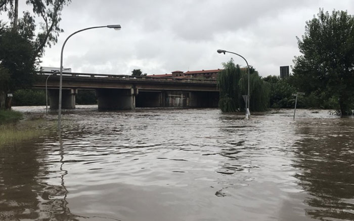 The Hennops River is coming down strong in Centurion, several roads are closed due to flooding on 23 March 2018. Picture: Christa Eybers/EWN