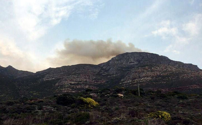 A fire broke out at Swartkopberg above Simon's Town. Picture: @KirkWernars via Twitter.