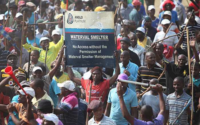 Striking Anglo Platinum workers demonstrate at the company's Blesbok stadium. Picture: Taurai Maduna/EWN