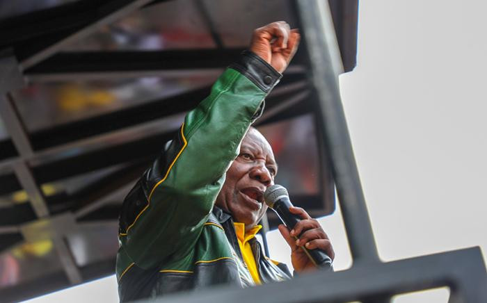 President Cyril Ramaphosa addresses disgruntled Alexandra residents on 11 April 2019 after a weeklong protest over crime, housing, and drugs. Picture: Kayleen Morgan/EWN