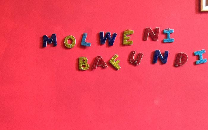 'Molweni bafundi', meaning 'Greetings students'. Picture: EWN