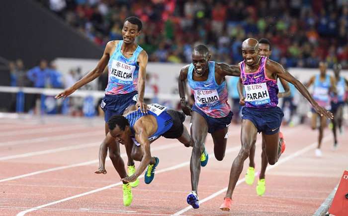 Mo Farah (right) beats Paul Chelimo to win the 5,000m at the IAAF Diamond League meet in Zurich on 24 August 2017. Picture: @Diamond_League/Twitter