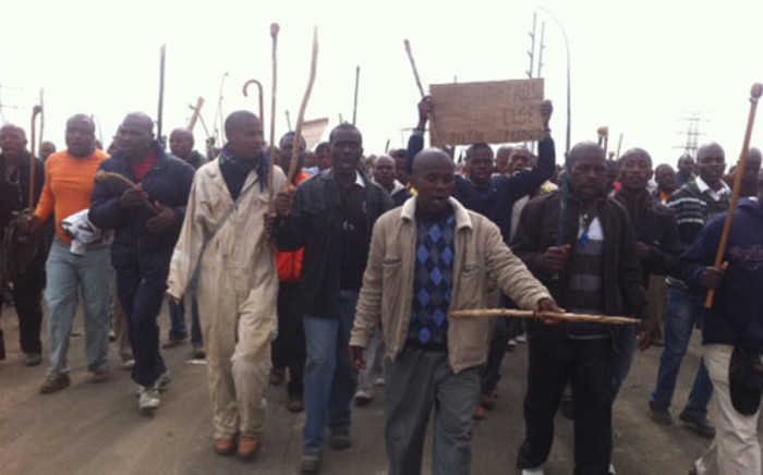 Lonmin miners march on 5 September, 2012, demanding better pay. Picture: Taurai Maduna/EWN.