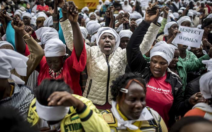 Kenyan women stage a multi-faith demonstration calling for a peaceful election in downtown Nairobi on 25 October 2017. Picture: AFP.