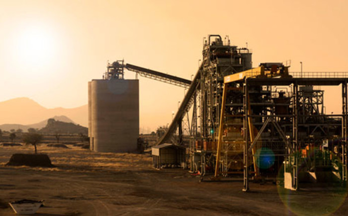 Amcu says its members have voted in favour of a strike over wages at Impala Platinum mines.