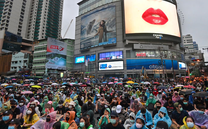 Pro-democracy protesters take part in an anti-government rally at Asok in Bangkok on 18 October 2020, as they continue for the fourth consecutive day to defy an emergency decree banning gatherings. Picture: AFP