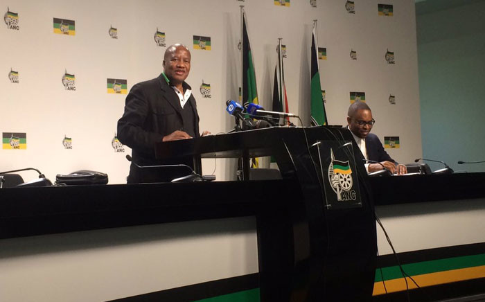 Jackson Mthembu at media briefing on the SABC in Johannesburg on 5 July 2016. Picture: Dineo Bendile/EWN.