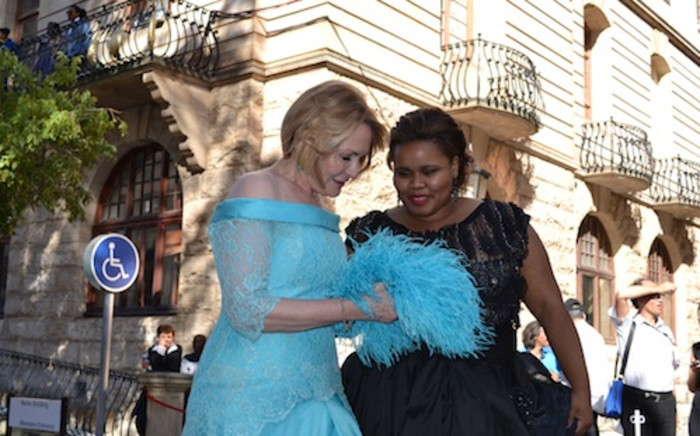 Democratic Alliance leader Helen Zille and DA Parliamentary leader Lindiwe Mazibuko outside Parliament after the State of the Nation Address on 14 February, 2013. Picture: EWN.
