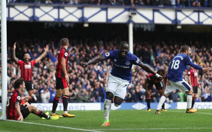 Everton's Oumar Niasse celebrates scoring their second goal. Picture: @Everton/Twitter.
