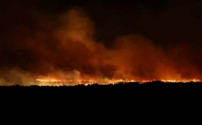 FILE: It took more than 40 firefighters to contain the blaze that spread between Swellendam and Barrydale. Picture: via twitter.