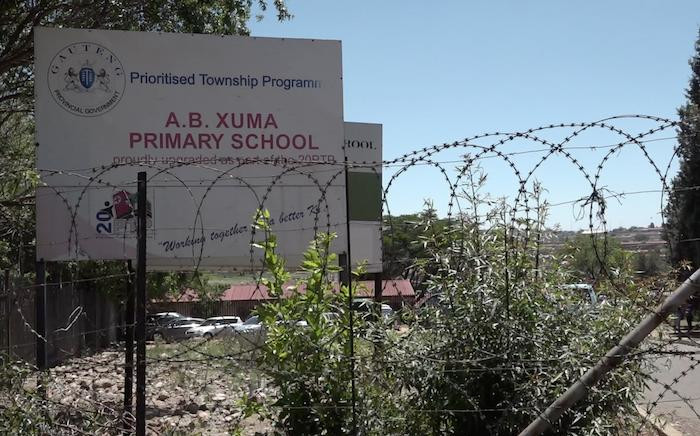 FILE: The AB Xuma Primary School in Orlando, Soweto, where more than 80 pupils were allegedly sexually assaulted by a school guard. Picture: Louise McAuliffe/EWN.