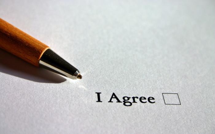 Contract (pixabay.com, 2019)