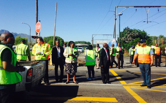 Transport Minister Dipuo Peters along with Western Cape Transport MEC Donald Grant visited three dangerous level crossings in Stellenbosch on Thursday 2 October, 2014. Picture:Shamiela Fisher/EWN.