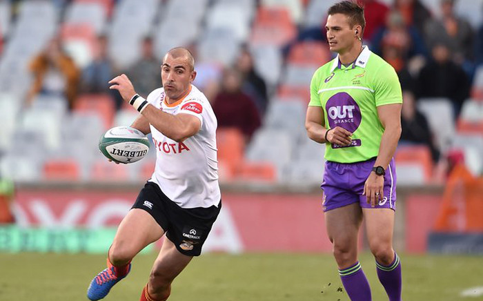 Scrumhalf Ruan Pienaar (L) was another positive for the men from the Free State, with 14 of his 19 individual points coming off the boot.Picture: @CheetahsRugby/Twitter.
