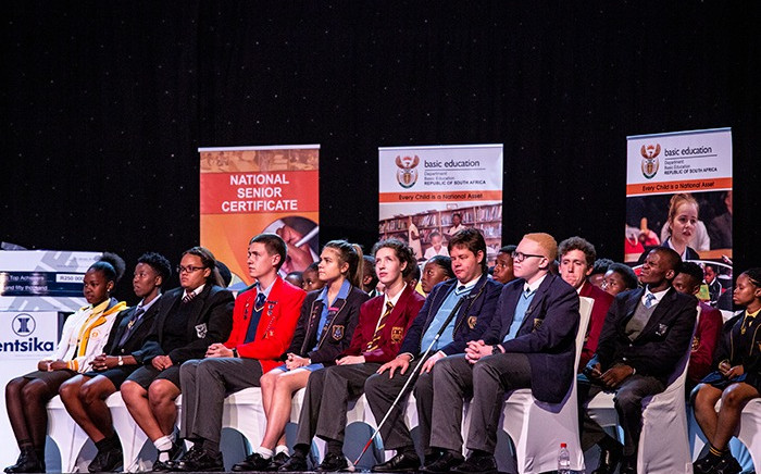 Top achievers from the matric class of 2018 on stage as Minister of Basic Education Angie Motshega announces matric results for the year. Picture: Kayleen Morgan/EWN
