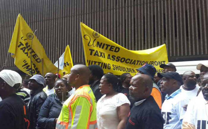 Taxi drivers have now reached the transport department's offces in the Johannesburg CBD. Picture: Aurelie Kalenga/EWN