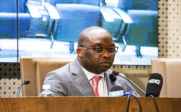 Justice Minister Michael Masutha addresses the media on 27 August in Pretoria. Picture: Kayleen Morgan/EWN