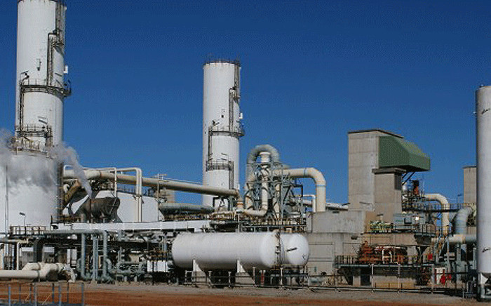 FILE: An oil refinery. Picture: petrosa.co.za