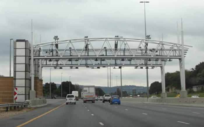 FILE: An e-toll gantry on the N1 in Johannesburg. Picture: Christa van der Walt/EWN