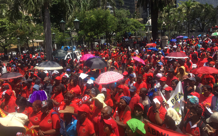 Thousands of members of Abahlali baseMjondolo on 24 February 2020 marched to the Durban City Hall to hand over a memorandum of demands to authorities on land reform. Picture: Nkosikhona Duma/EWN