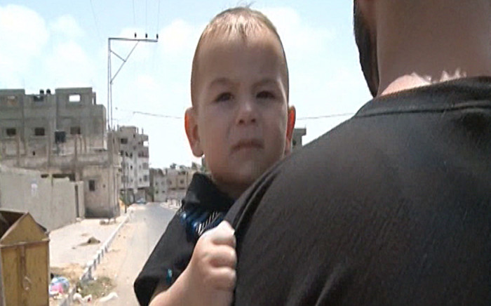 FILE: Palestinians rushed to shops and banks as a five-hour humanitarian truce came into effect. Picture: CNN.