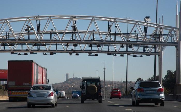 An e-toll gantry. Picture: Xanderleigh Dookey/EWN