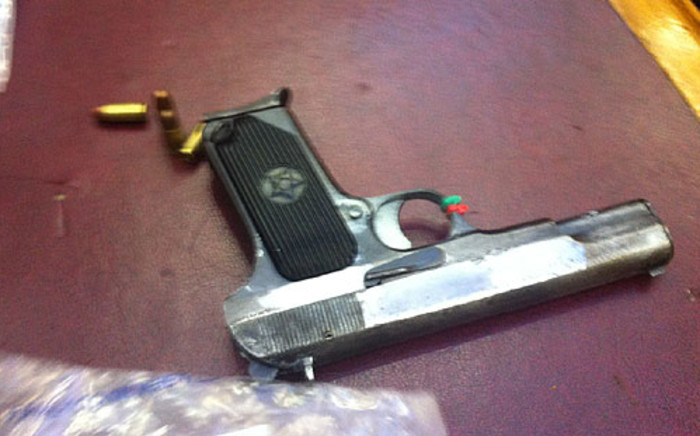 The gun that was allegedly to kill Anni Dewani is shown to the Western Cape High Court. Picture: Nathan Adams/EWN