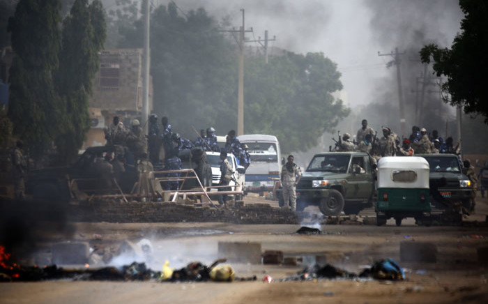Sudanese forces are deployed around Khartoum's army headquarters on 3 June 2019 as they try to disperse Khartoum's sit-in. Picture: AFP