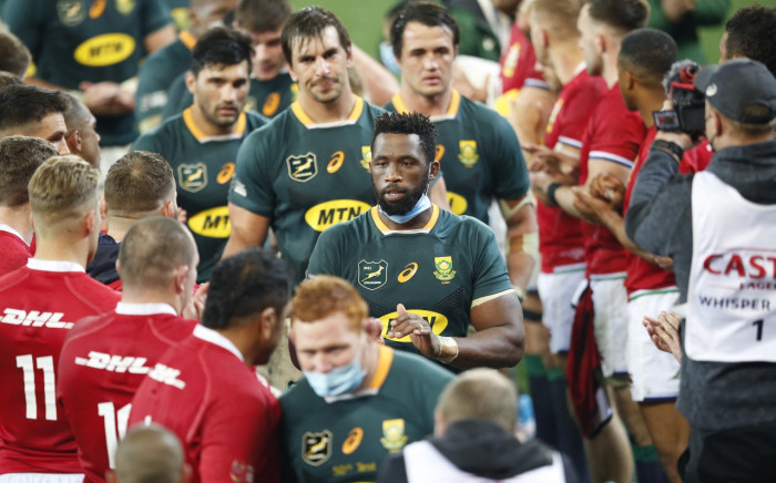 Irish and British Lions playes congratulate Springbok players at the end of the second rugby union Test match between South Africa and the British and Irish Lions at The Cape Town Stadium in Cape Town on July 31, 2021. Picture: Phill Magakoe/AFP