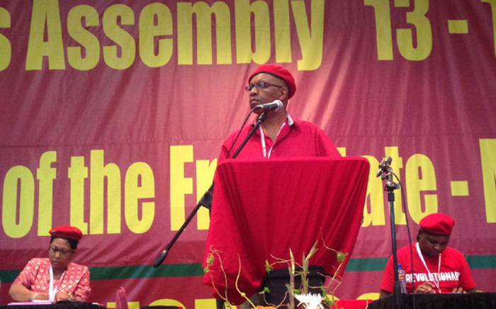 FILE: Economic Freedom Fighters chairperson, Advocate Dali Mpofu speaking at the party's People's Assembly on 25 December 2014. Picture: Vumani Mkhize/EWN.