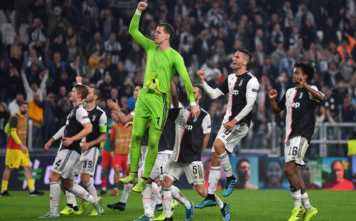 Juventus players celebrate after beating Lokomotiv Moscow 2-1 on 22 October 2019. Picture: @juventusfcen/Twitter.
