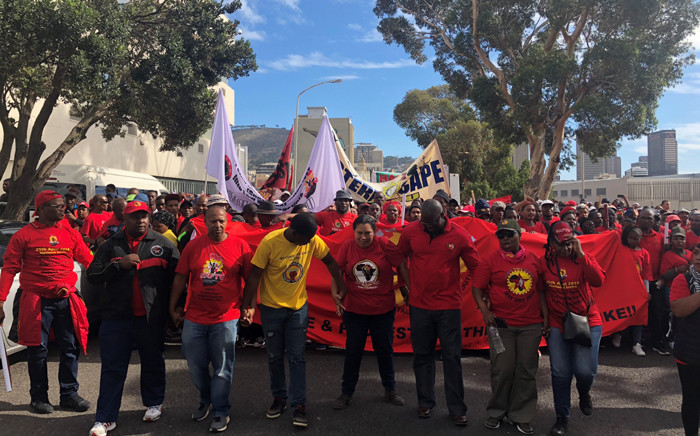 FILE: Saftu members making their way to Parliament in Cape Town during a demonstration against proposed minimum wage. Picture: Graig-Lee Smith/EWN