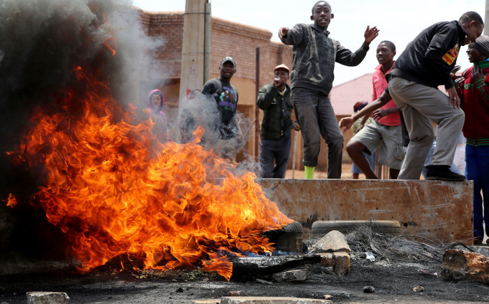 FILE: A stalemate between govt and residents is fuelling fears that protests could flare up again. Picture: Sebabatso Mosamo/EWN