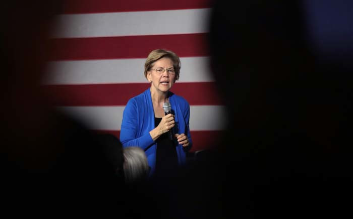 FILE: Democratic presidential candidate Senator Elizabeth Warren speaks to guests during a campaign stop at the CSPS cultural center on 21 December 2019, in Cedar Rapids, Iowa. Picture: AFP