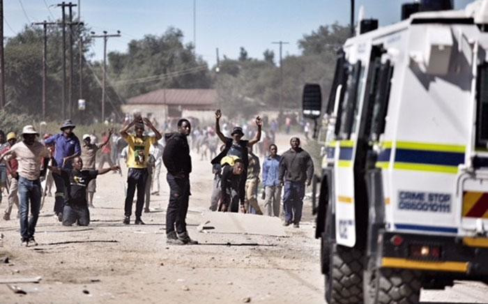 FILE: Residents in the township of Seweding near Mahikeng protest for the removal of North West Premier Supra Mahumapelo on 20 April 2018. Picture: Ihsaan Haffejee/EWN.