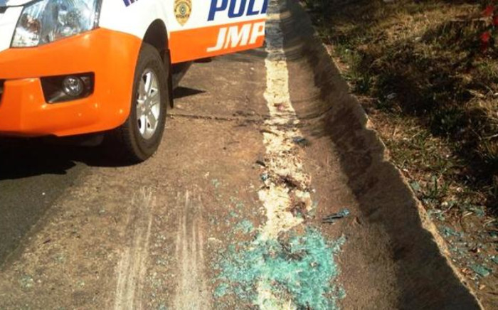 There was a shootout between metro police officers and three suspects on the M1 north near the 11th Avenue offramp in Houghton on 23 September,2014. Picture: Masego Rahlaga/EWN.