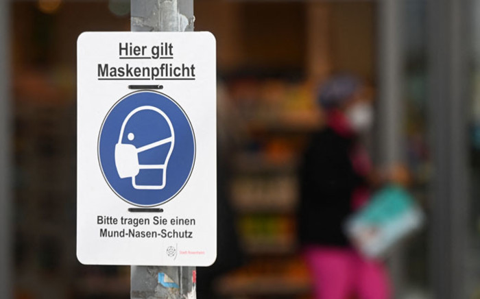 A mask compulsory sign has been put up in the Bavarian city of Rosenheim, southern Germany, on 1 April 2021, amid the ongoing coronavirus pandemic. Picture: AFP