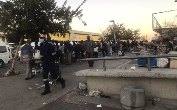 Commuters at Bara Taxi Rank in Soweto on 1 June 2020. Picture: Kgomotso Modise/EWN.