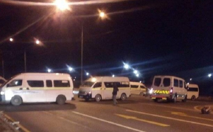 Taxis blocking the road amid a taxi strike in Gauteng by Santaco on 22 June 2020. Picture: @Boetie_majozi/Twitter.